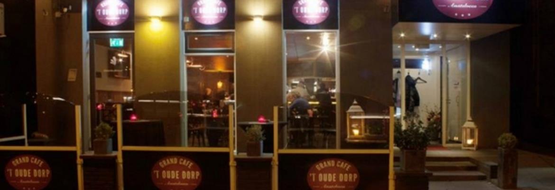 Grand Café 't Oude Dorp ligt ook in de buurt en is misschien interessant