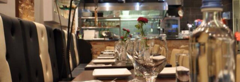 Restaurant Maz Mez ligt ook in de buurt en is misschien interessant