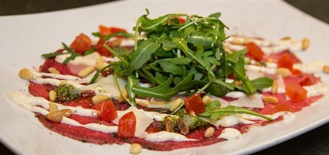 Je kunt nu ook reserveren bij Dinercafé Tast Toe in Bladel via BonChef.nl