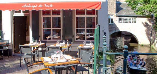 Je kunt nu ook reserveren bij Auberge de Veste in Den Bosch via BonChef.nl