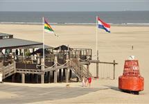 Strandpaviljoen De Branding in Terschelling midsland